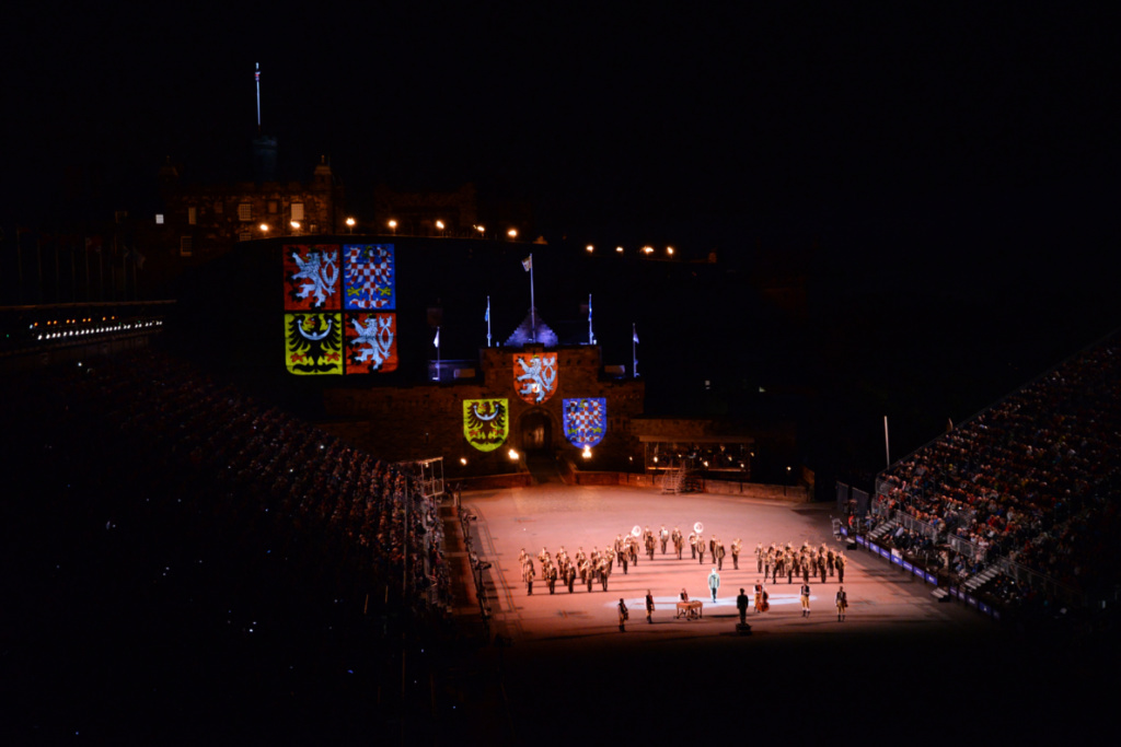 royal-edinburgh-military-tattoo-4